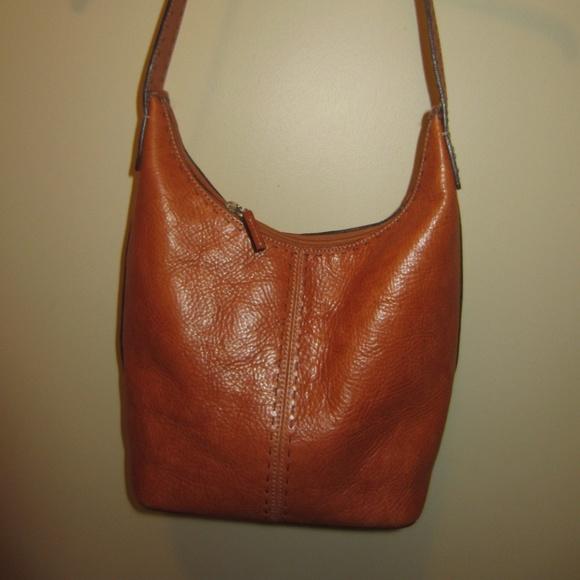 Clearance sale Women Wanderer bag Fossil Shoulder Brown Leather Hobo Bag  VoMnTudh Source · Fossil Bags Sale Leather Hobo Handbag Poshmark d21e1ebca5